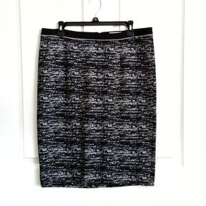 NWT Calvin Klein Patterned Straight Pencil Skirt